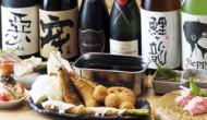 看板メニューは大阪名物串カツと ピチピチ車海老の踊り食い!