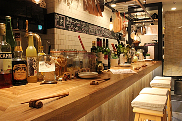 Gril&Wine bar mosh Kitchenの写真2