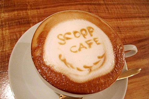 『scopp cafe』のラテ